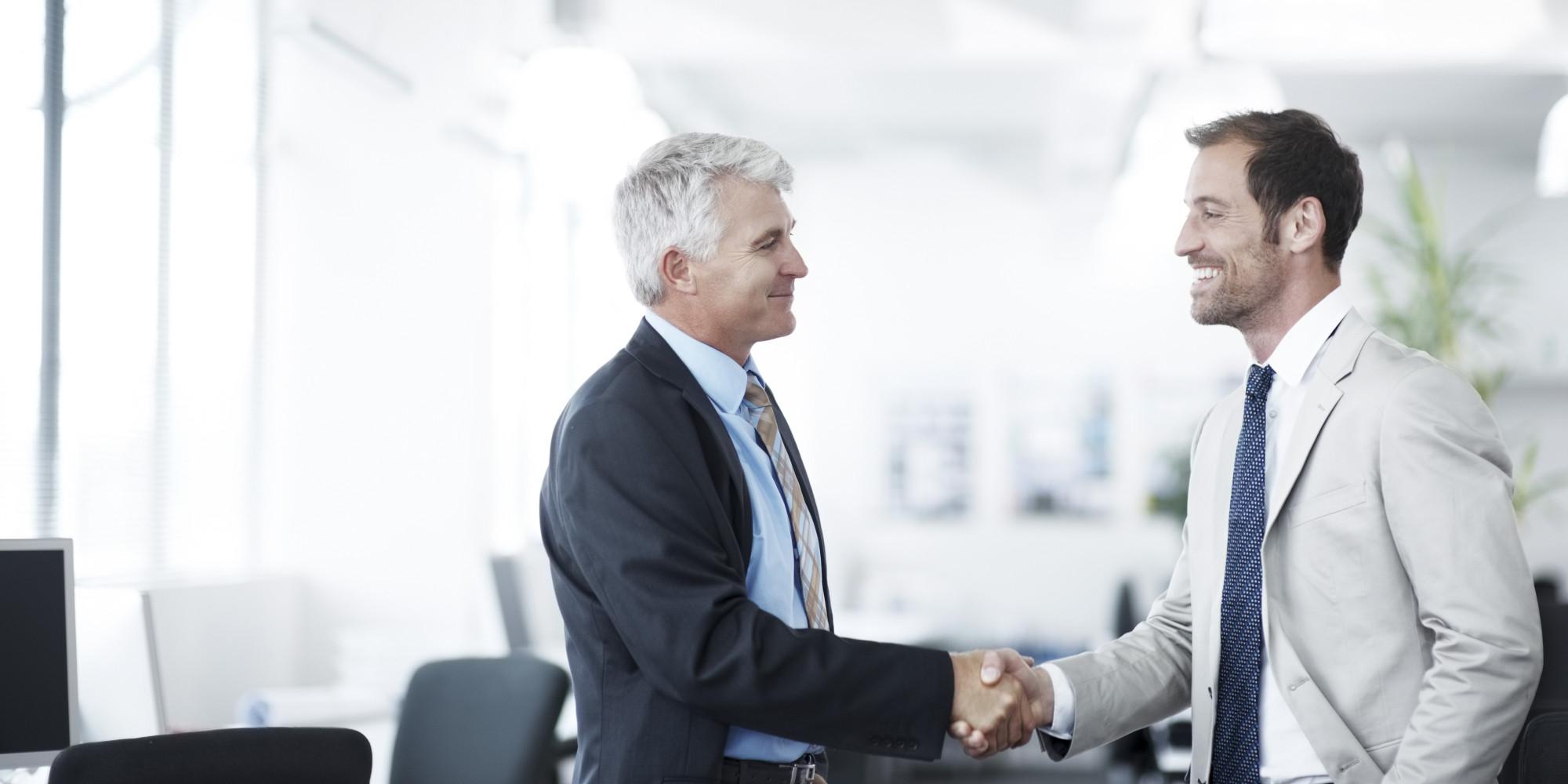Móveis para escritório – Como é ser um diretor de operações quando há uma fusão