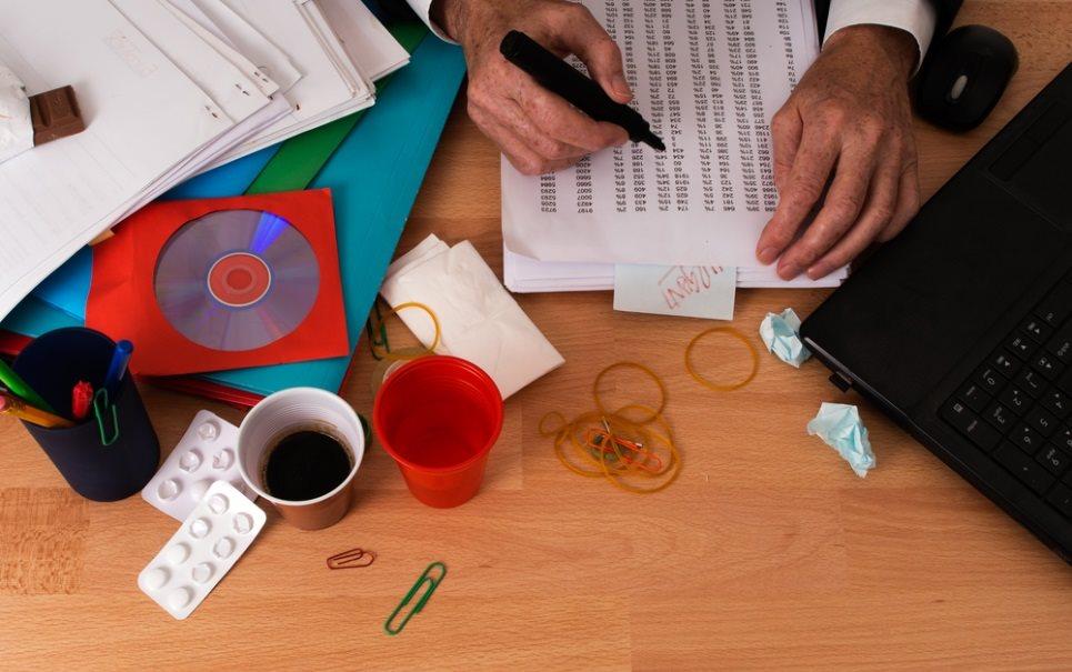 Móveis para escritório – Como organizar a sua mesa de trabalho