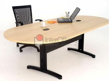 Mesa reunião oval montada