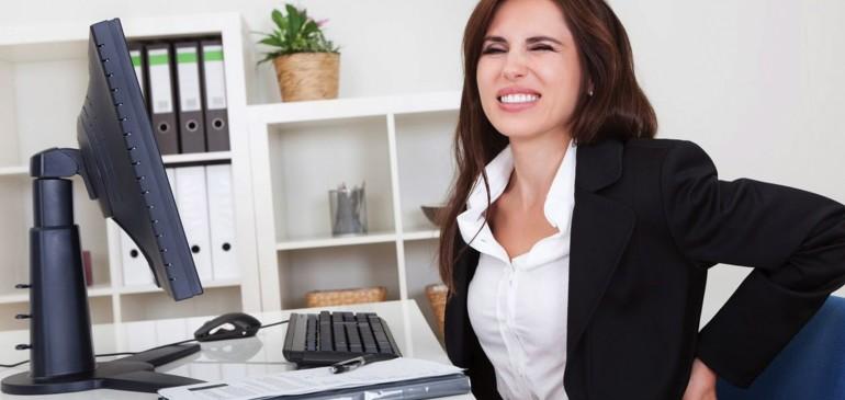 Descuido com a escolha das cadeiras do escritório pode resultar em dores musculares na equipe